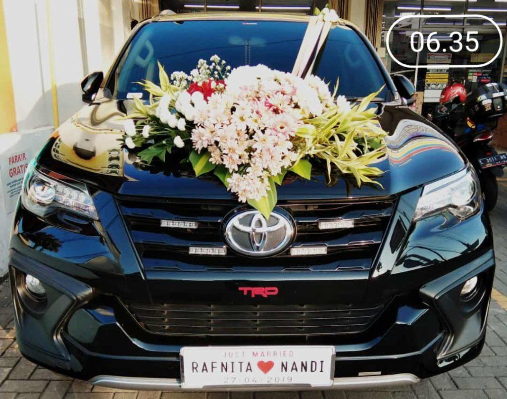 sewa mobil pengantin surakarta